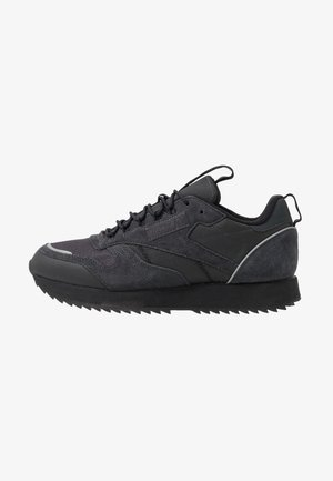 CLASSIC LEATHER RIPPLE TRAIL MUD GUARD SHOES - Trainers - true grey/black/panton