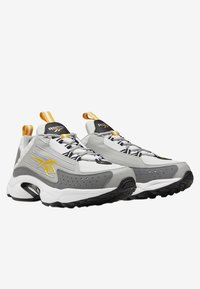 Reebok Classic - DMX SERIES 2K SHOES - Sneakers basse - grey - 2