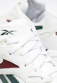 Reebok Classic - Sneakers laag - white - 7