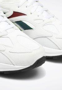 Reebok Classic - Sneakers laag - white - 5