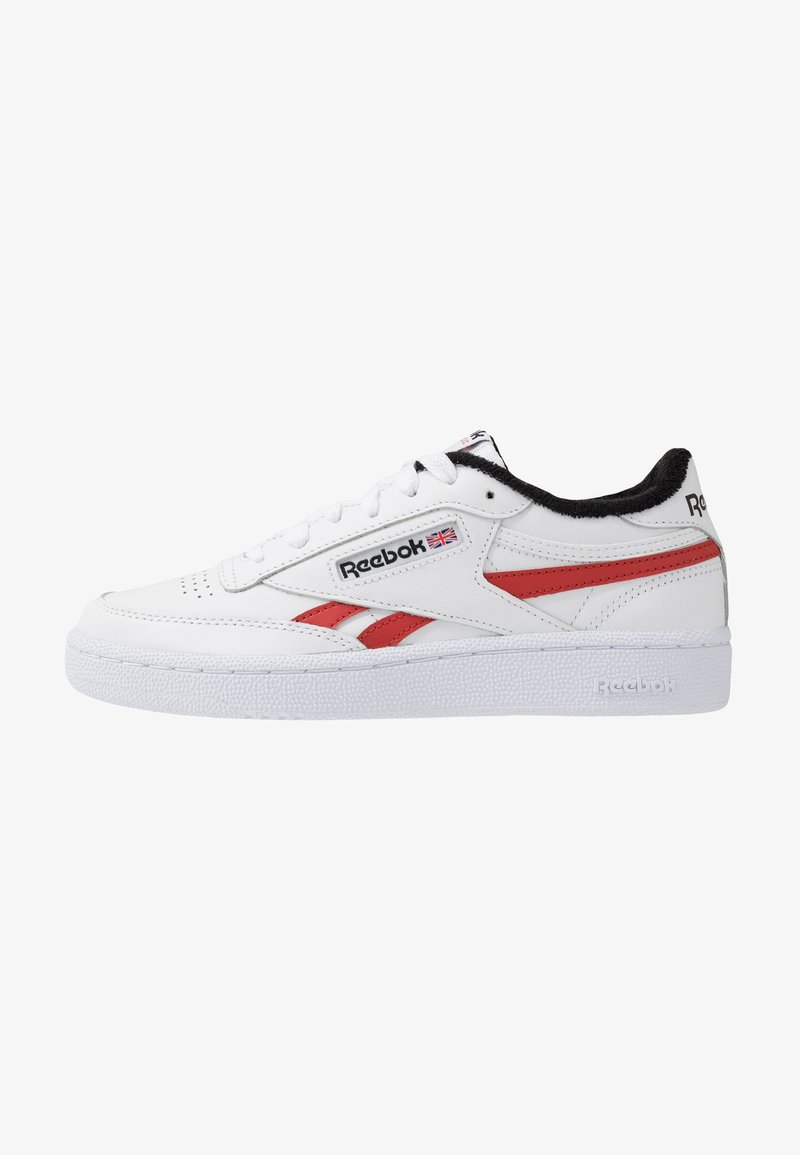 Reebok Classic - CLUB C REVENGE  - Sneakersy niskie - white/black/legend active red