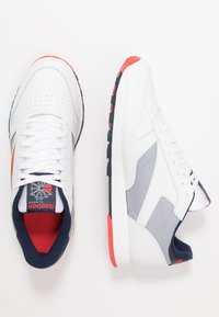 Reebok Classic - Baskets basses - white/radiant red/collegiate navy - 1
