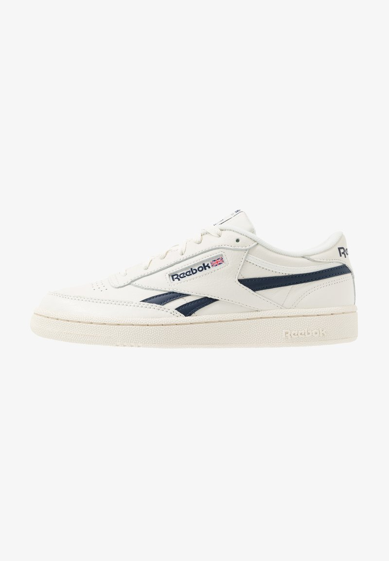 Reebok Classic - CLUB C REVENGE - Sneakers laag - chalk/paperwhite/navy