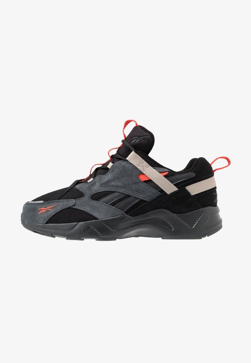Reebok Classic - AZTREK ADVENTURE - Sneakersy niskie - black/grey/beige
