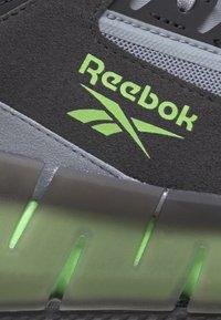 Reebok Classic - ZIG KINETICA CONCEPT TYPE2 - Baskets basses - black - 8