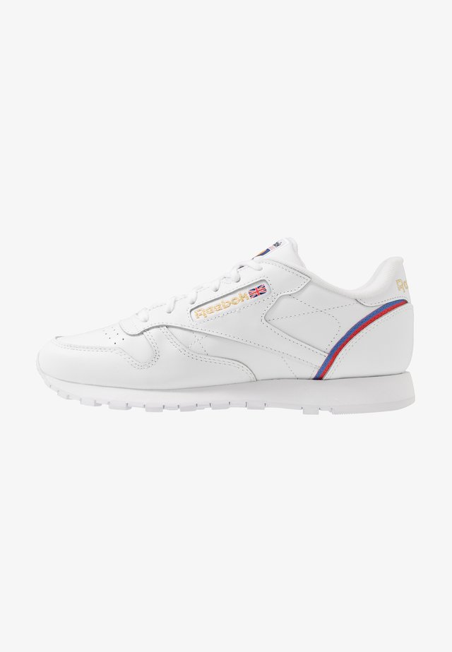 Trainers - white/radiant red/blast blue