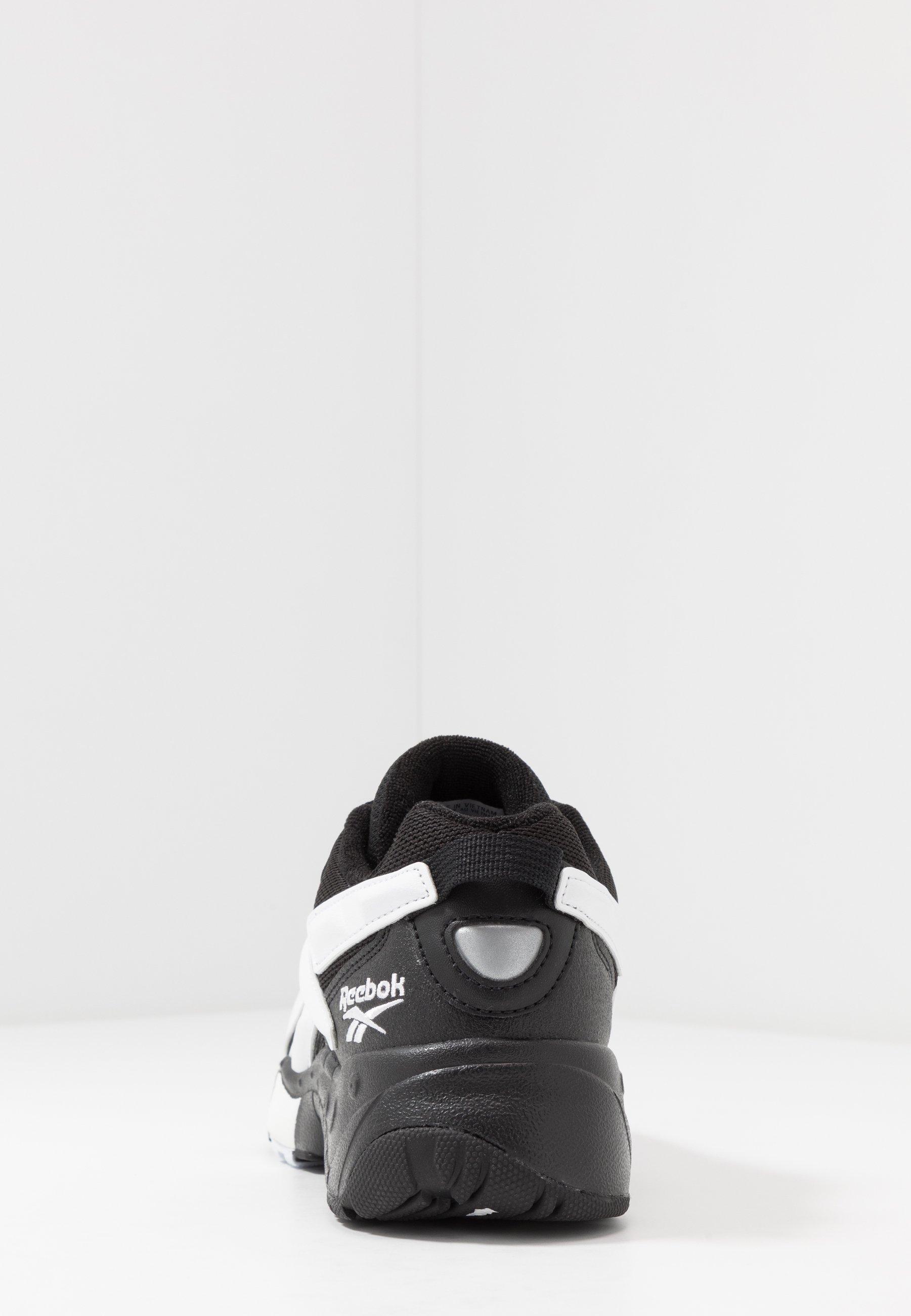 INTV 96 Sneakers blackwhite