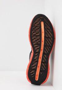 Reebok Classic - ZIG KINETICA - Baskets basses - black/sun baked orange/vivid orange - 4