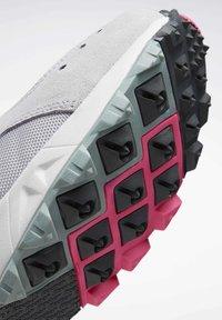 Reebok Classic - AZTREK 93 ADVENTURE SHOES - Sneakers - sterling grey - 7