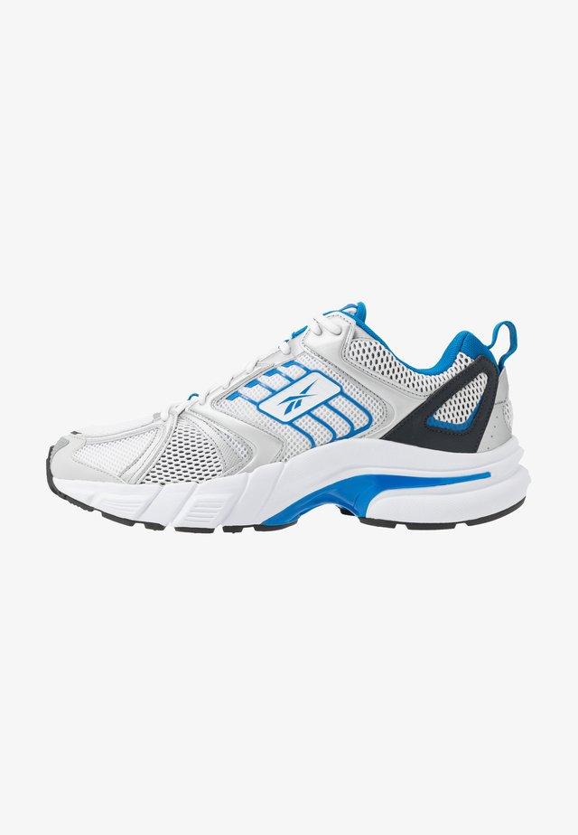 RBK PREMIER - Sneakers - white/silver/blue