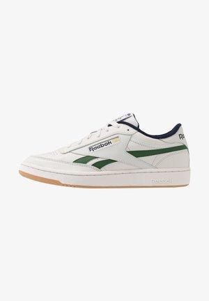 CLUB REVENGE - Sneakers laag - porcelain/utility green/vector navy