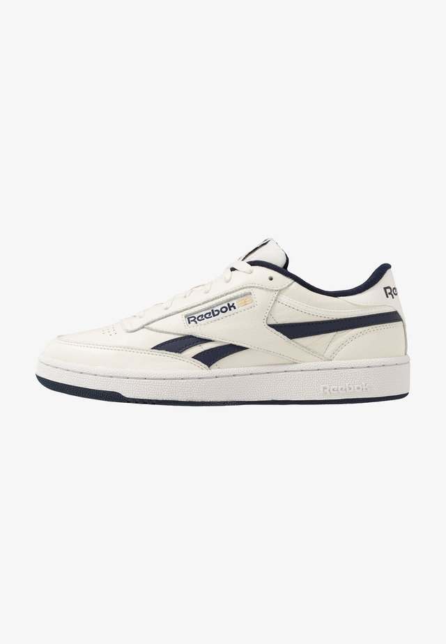 CLUB REVENGE - Sneakers laag - chalk/navy/porcel