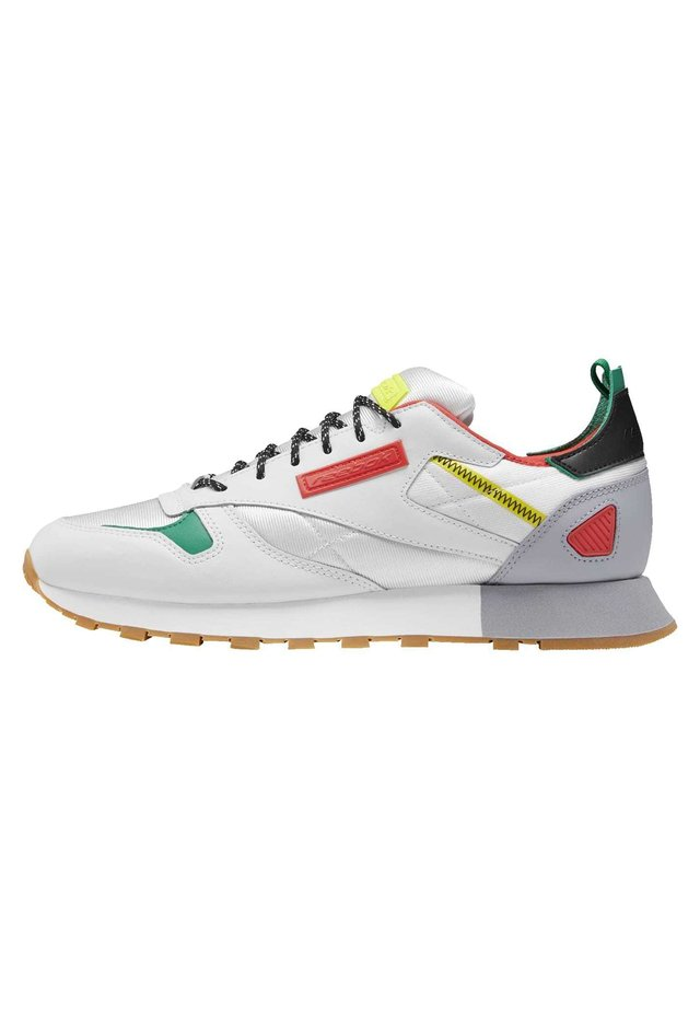 CLASSIC LEATHER REE:DUX SHOES - Sneakersy niskie - white