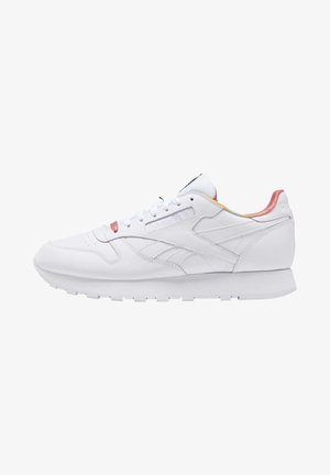 CLASSIC LEATHER PRIDE SHOES - Matalavartiset tennarit - white