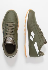 Reebok Classic - CLASSIC - Sneakers basse - army green/white - 0