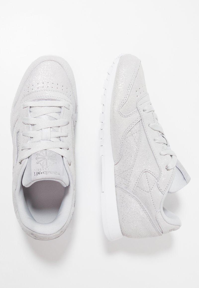 Reebok Classic - CLASSIC - Sneaker low - silver metallic/grey/white