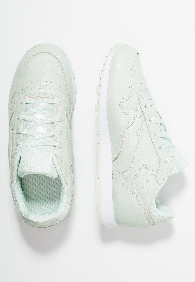 Reebok Classic - Sneaker low - storm glow/white