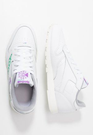 CLASSIC - Sneakers basse - white/emerald/grape