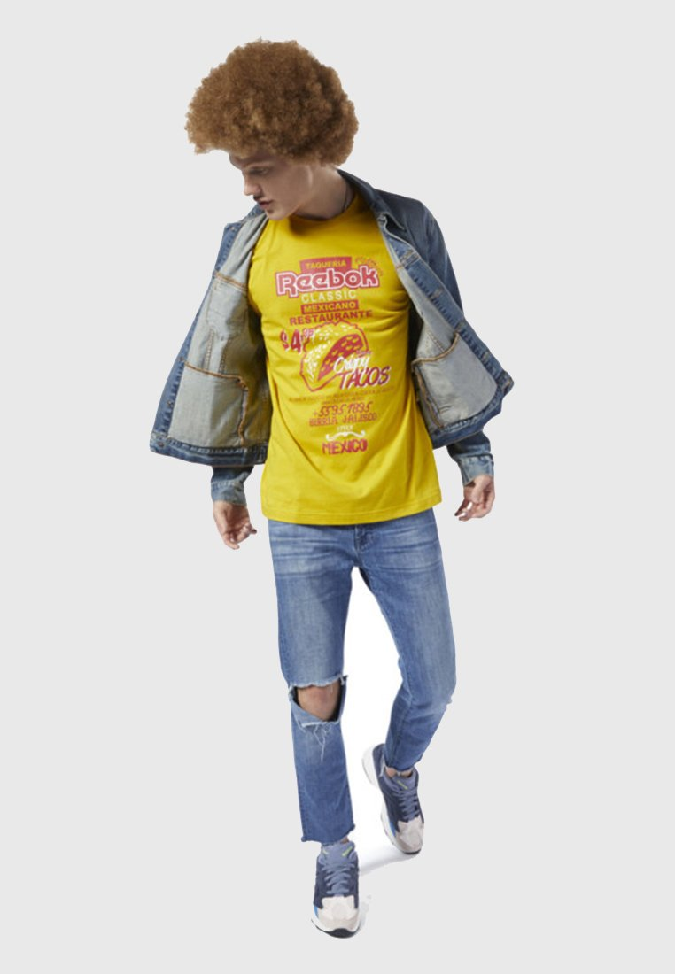 Reebok Classic - CLASSICS INTERNATIONAL TACOS TEE - T-Shirt print - yellow