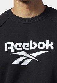 Reebok Classic - CLASSICS VECTOR CREW SWEATSHIRT - Sweatshirt - black - 3