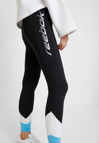 Reebok Classic - Leggings - Trousers - black - 3