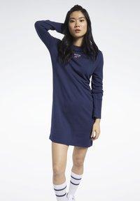 Reebok Classic - CLASSICS SMALL LOGO DRESS - Day dress - blue - 0