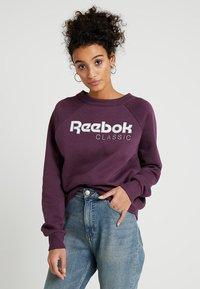 Reebok Classic - ICONIC CREW - Bluza - urban violet - 0