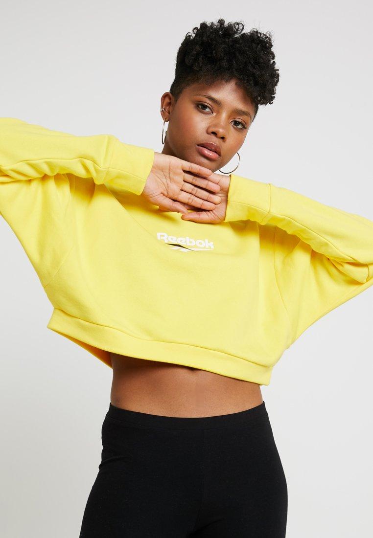 Reebok Classic - CREW - Sweatshirt - go yellow