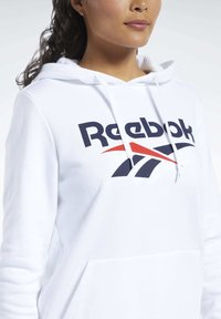 Reebok Classic - Bluza z kapturem - white - 4