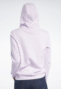 Reebok Classic - CLASSICS VECTOR HOODIE - Hoodie - pixel pink - 2