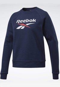 Reebok Classic - CLASSICS BIG VECTOR CREW SWEATSHIRT - Sweatshirt - blue - 7