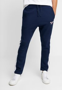 Reebok Classic - VECTOR JOGGING PANTS - Tracksuit bottoms - collegiate navy - 0