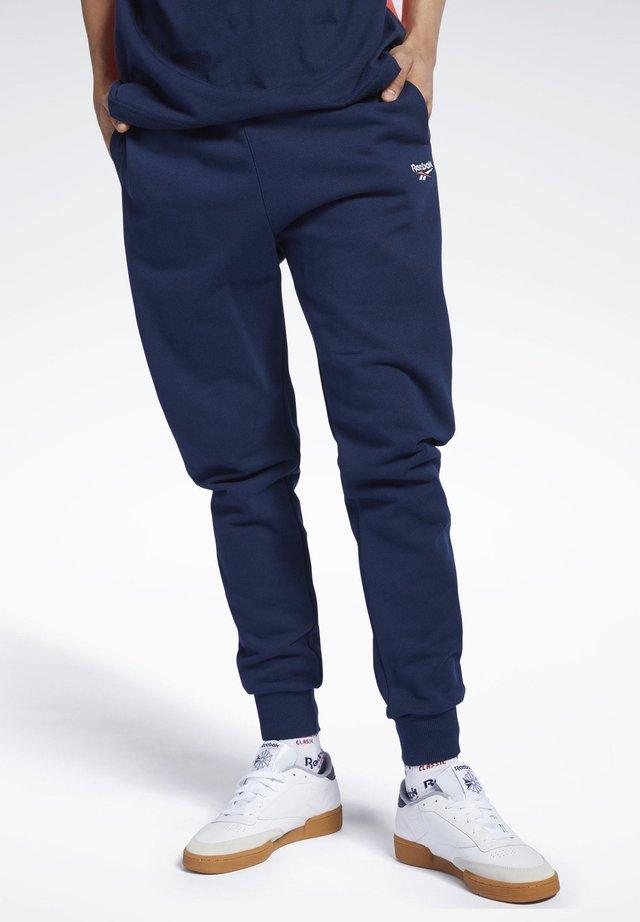 CLASSICS VECTOR PANTS - Verryttelyhousut - blue