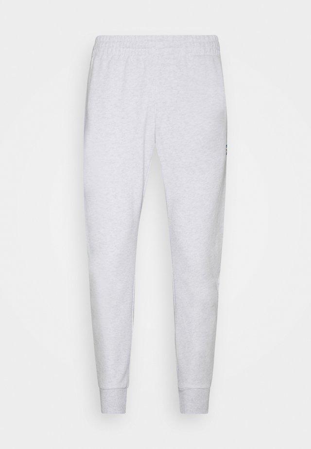 VECTOR PANT - Tracksuit bottoms - white melange