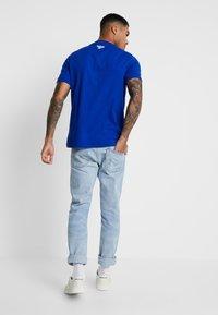 Reebok Classic - INTERNATIONAL SUSHI PRINT - Camiseta estampada - cobalt - 2