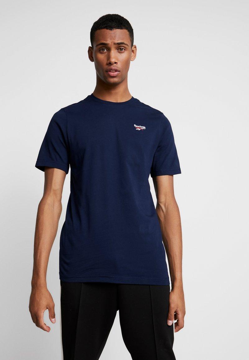 Reebok Classic - VECTOR TEE - T-shirt basic - collegiate navy
