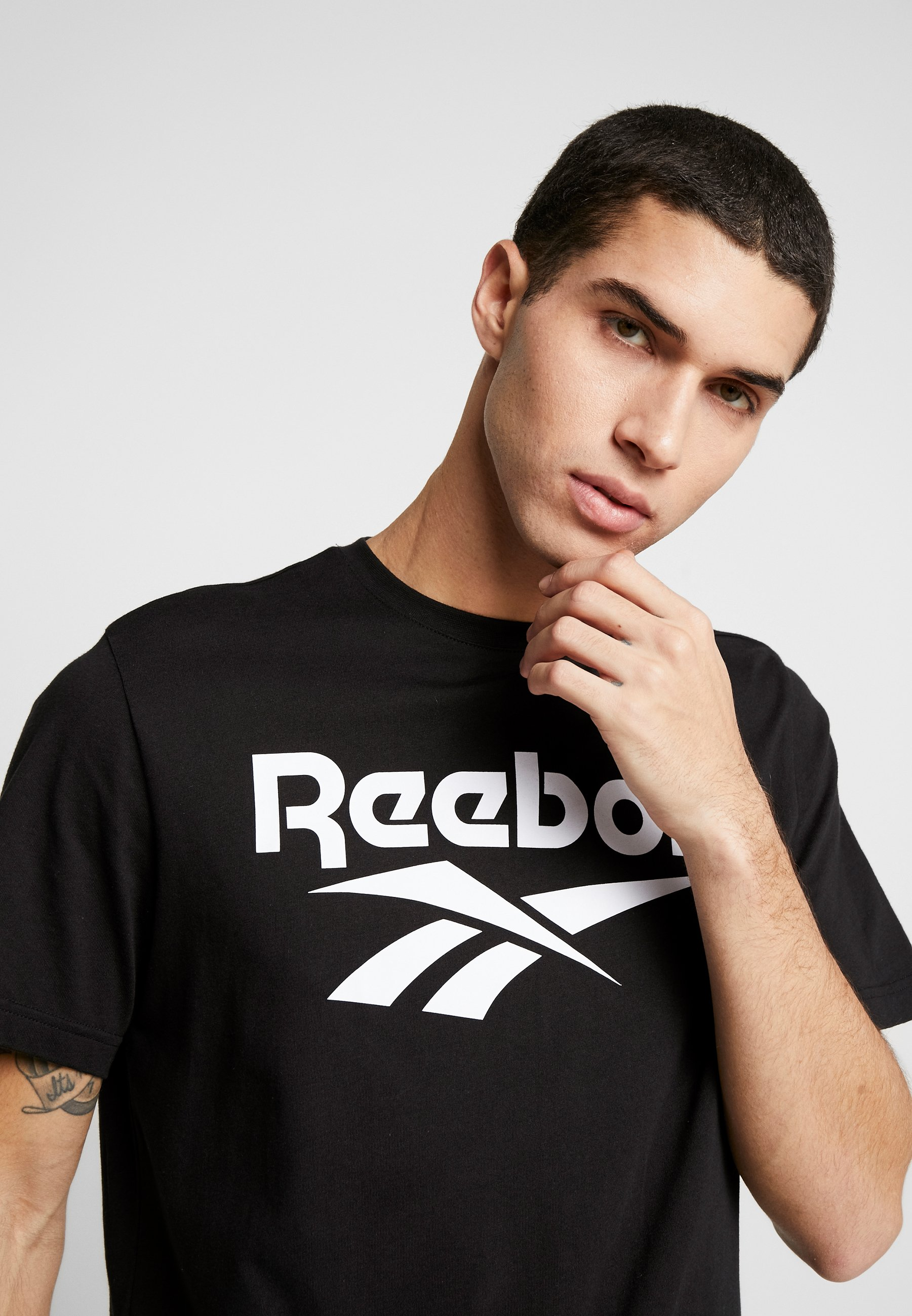 Reebok Classic VECTOR TEE - T-shirt z nadrukiem - black