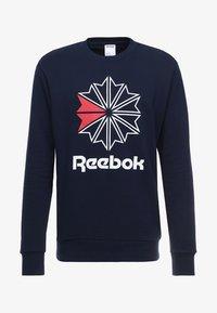 Reebok Classic - BIG STARCREST CREW - Sweatshirt - conavy - 3