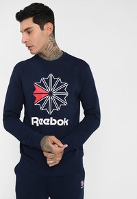 Reebok Classic - BIG STARCREST CREW - Sweatshirt - conavy - 0