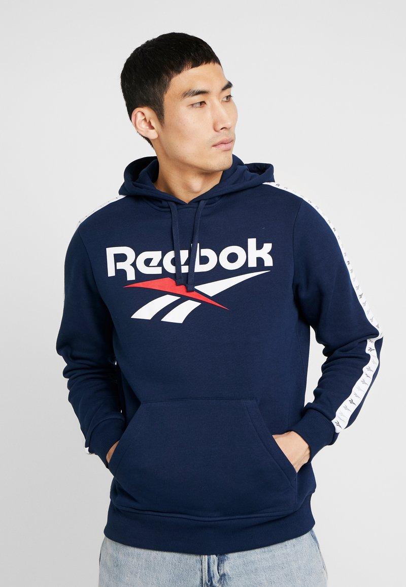 Reebok Classic - PULLOVER PRINT - Hoodie - collegiate navy