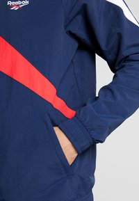 Reebok Classic - TRACK TOP LIGHT FULL ZIPPER - Kurtka wiosenna - collegiate navy - 3