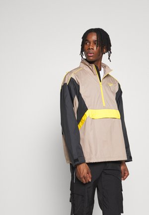 TRAIL JACKET - Windbreaker - trgry