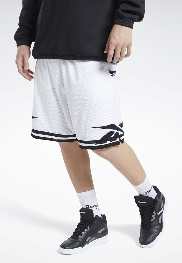 CLASSICS BASKETBALL SHORTS - Sports shorts - white
