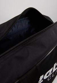 Reebok Classic - CORE DUFFLE - Sporttas - black - 5