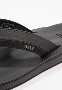 Reef - CONTOURED CUSHION - Infradito - black - 5