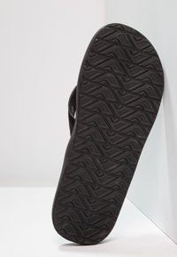 Reef - CONTOURED CUSHION - Infradito - black - 4