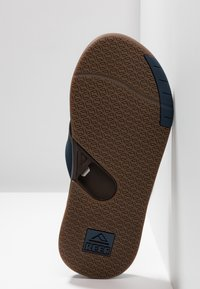Reef - FANNING LOW BLACK - Teensandalen - navy/brown - 4