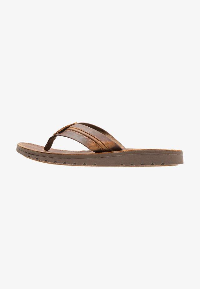 VOYAGE LUX - Sandály s odděleným palcem - brown