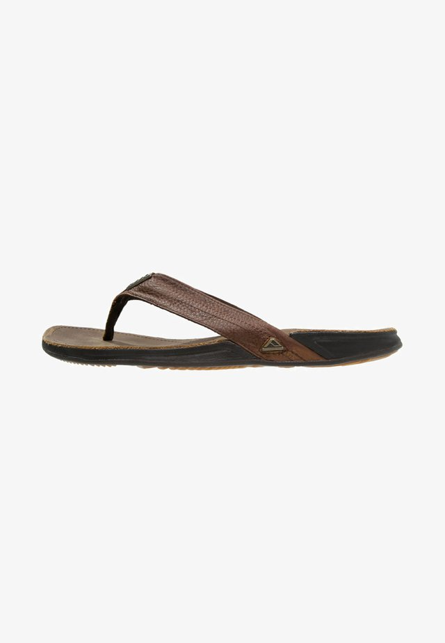 J-BAY - T-bar sandals - camel