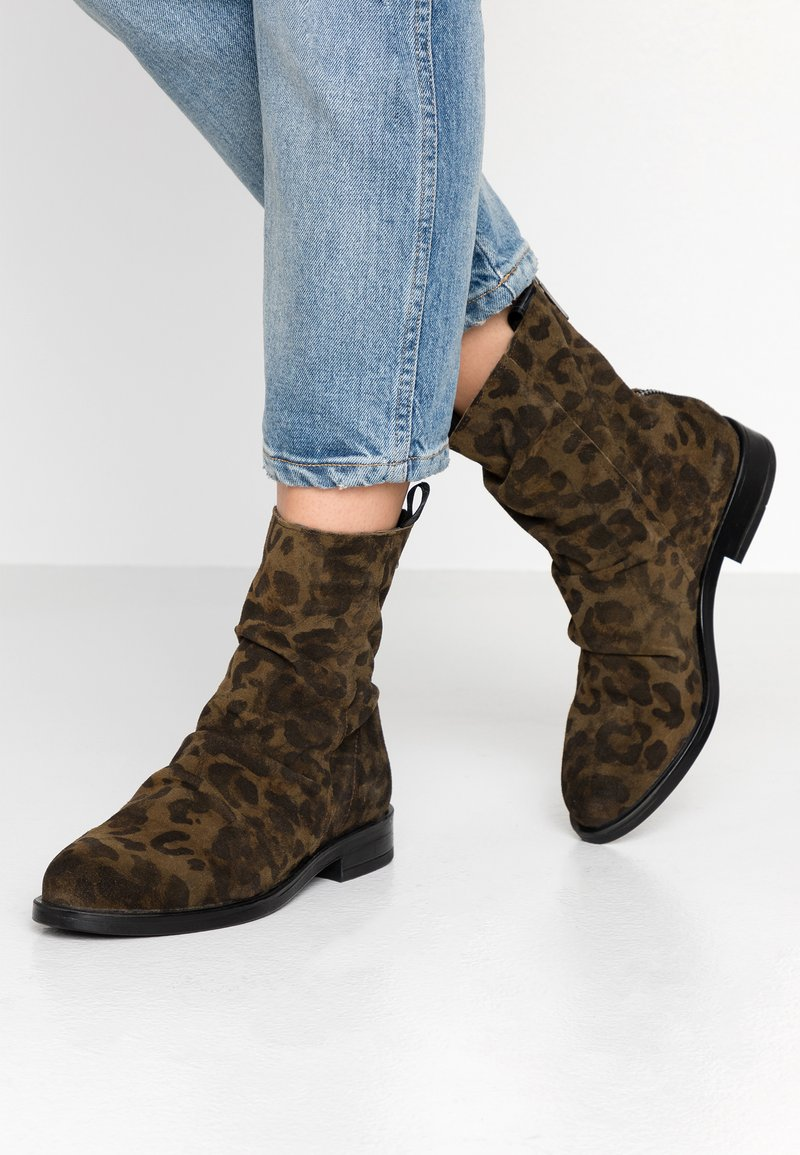 Replay - BENBROOK - Classic ankle boots - mil green